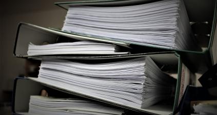 Faktury, paragony i dokumenty – jak długo przechowywać?