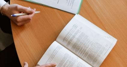Pożyczka gotówkowa na umowę o dzieło lub zlecenie – czy to możliwe?